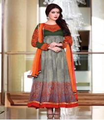 Graceful Grey coloured Pure Georgette Salwar Kameez