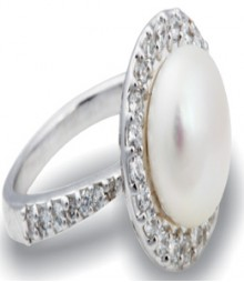 Tanya Rossi White Round Pearl Rings TRR211B