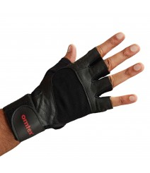 Gym & Fitness Gloves in Black